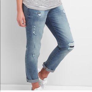 Gap Girlfriend Fit Maternity Jeans